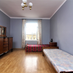 huge bedroom with 2 beds in the Old Town