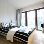 1 room apartment with a separate bedroom, located in the park, close to Łobzów train station